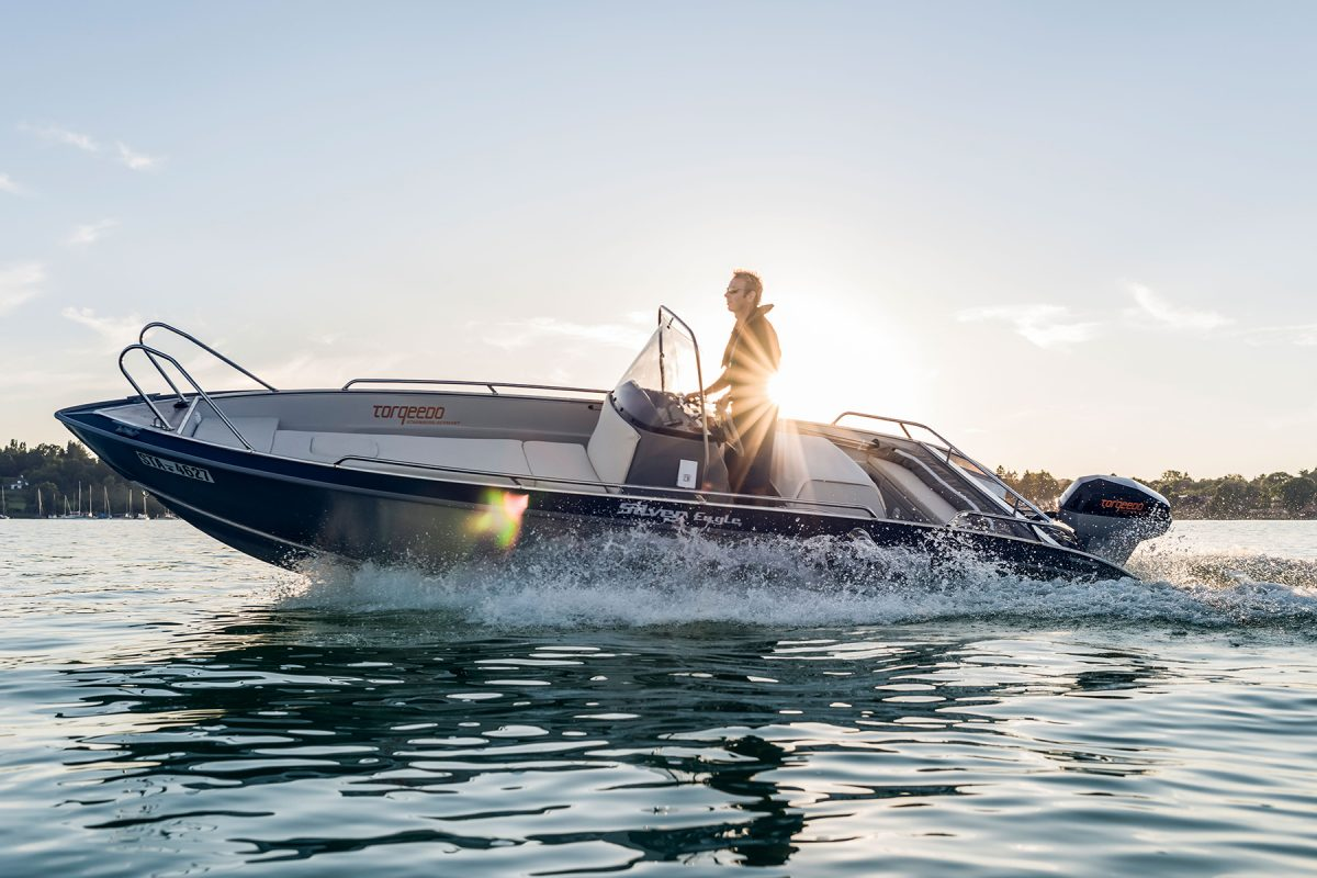 Boating For Beginners--Safe And Enjoyable